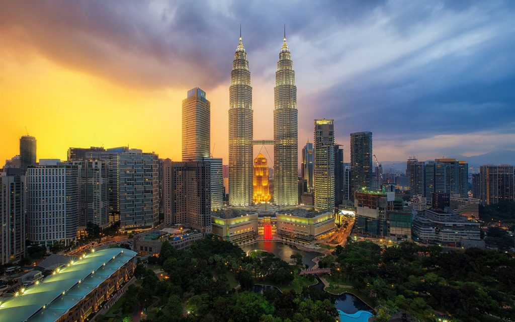 How to Visit the Petronas Towers in Kuala Lumpur: