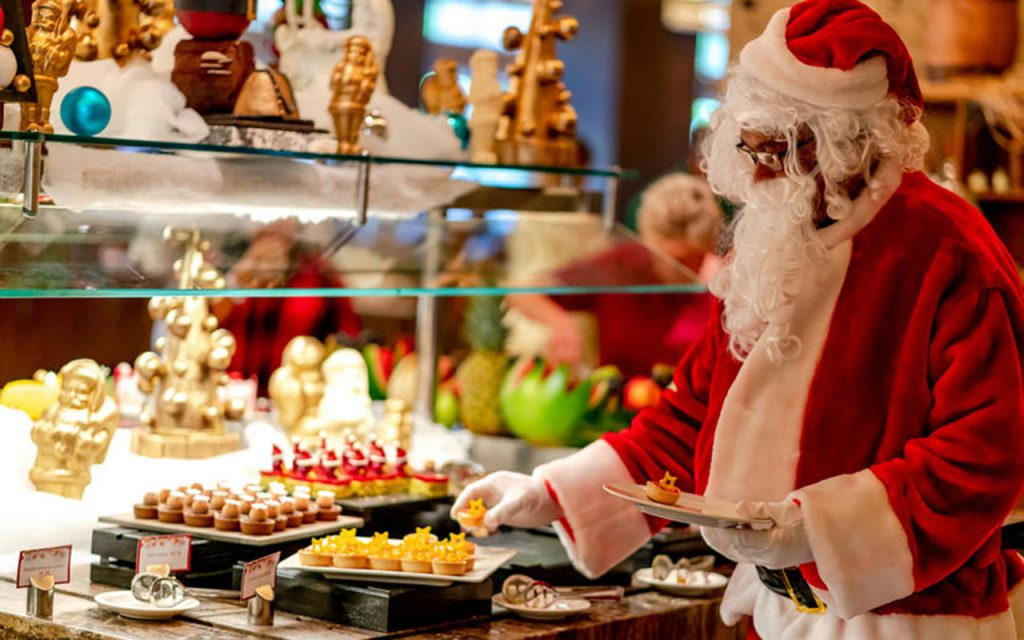 Places Open On Christmas Day 2021 Christmas Day Origin Definition Traditions History Facts